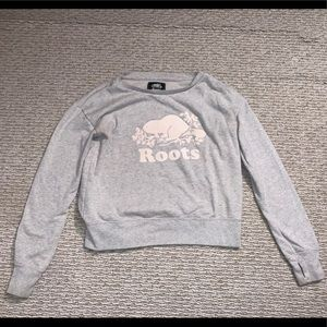 gray roots sweatshirt size xs